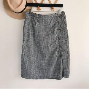Ambercrombie & Fitch | Plaid Midi Button Skirt